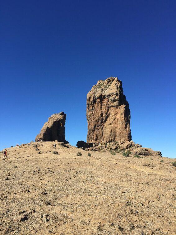 Roque Nublo y Roque Rana