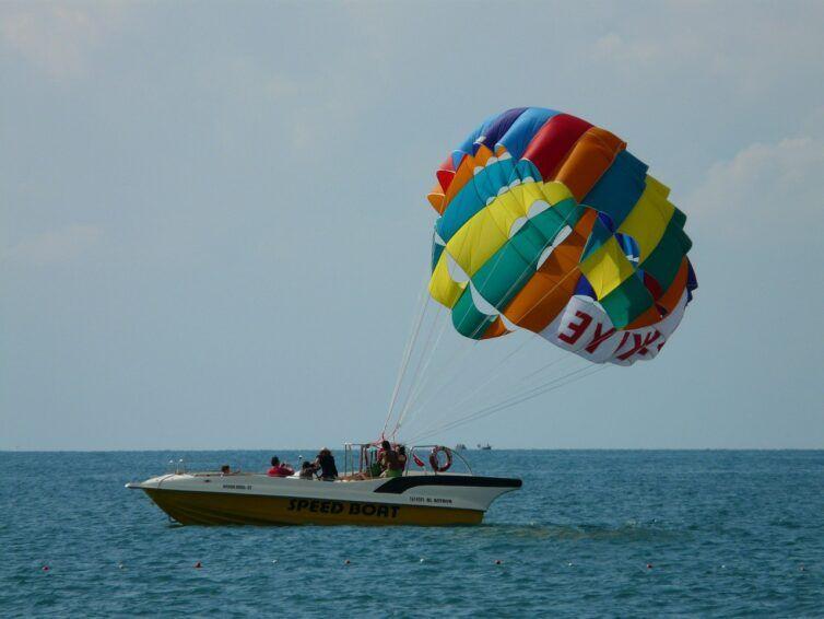 parasailing en Playa del Inglés