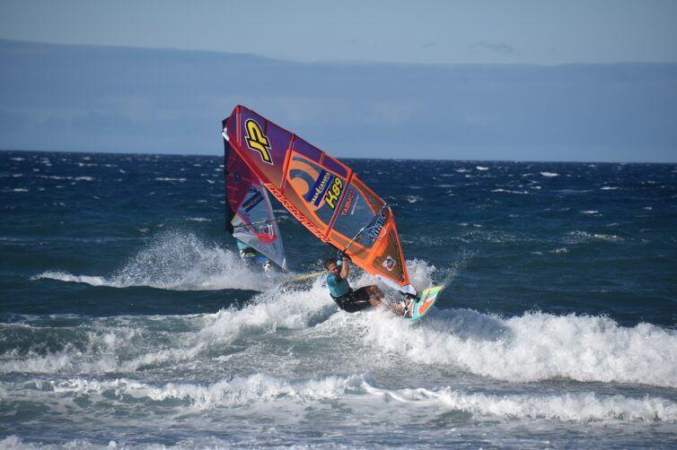 windsurfing en Pozo Izquierdo